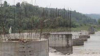 Photo of बूढीगङ्गा नदीको पुल ३ वर्षमा जम्मा दुई पिल्लर हालियो, देखियो चरम लापरवाही