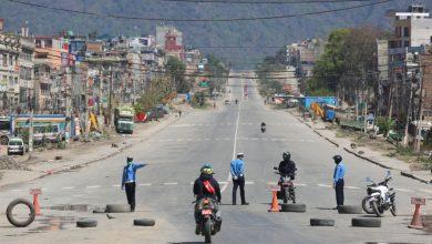 Photo of लकडाउनलाई कडा बनाउँदै स्थानीयवासी