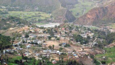 Photo of यो गाउँका गाउँलेको पिडा : घाम लाग्दा मात्रै घर पानी पर्दा डाँडामा