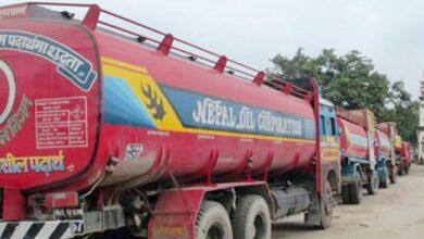 Photo of पेट्रोलमा तारपिन तेल मिसाउने ट्याङ्कर चालक पक्राउ