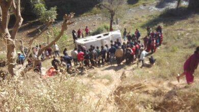 Photo of बारपाकको राङरुङ भिरबाट जीप खस्दा दुई जनाको मृत्यु, सात घाइते