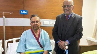 Photo of दिल्लीको  एपोलो अस्पतालमा उपचाररत नेकपा नेता झलनाथ खनाल आज स्वदेश फर्किदै