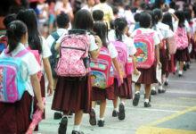 Photo of बालबालिकामा कोरोनाः अभिभावकले स्कूल पठाउन छाडे, कतिले आफैं विद्यालय बन्द गरे