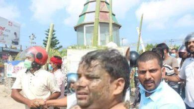 Photo of खानेपानी कार्यालय जनकपुरका प्रमुखलाई सिके राउतका कार्यकर्ताले अर्धनग्न बनाएर बजार घुमाए